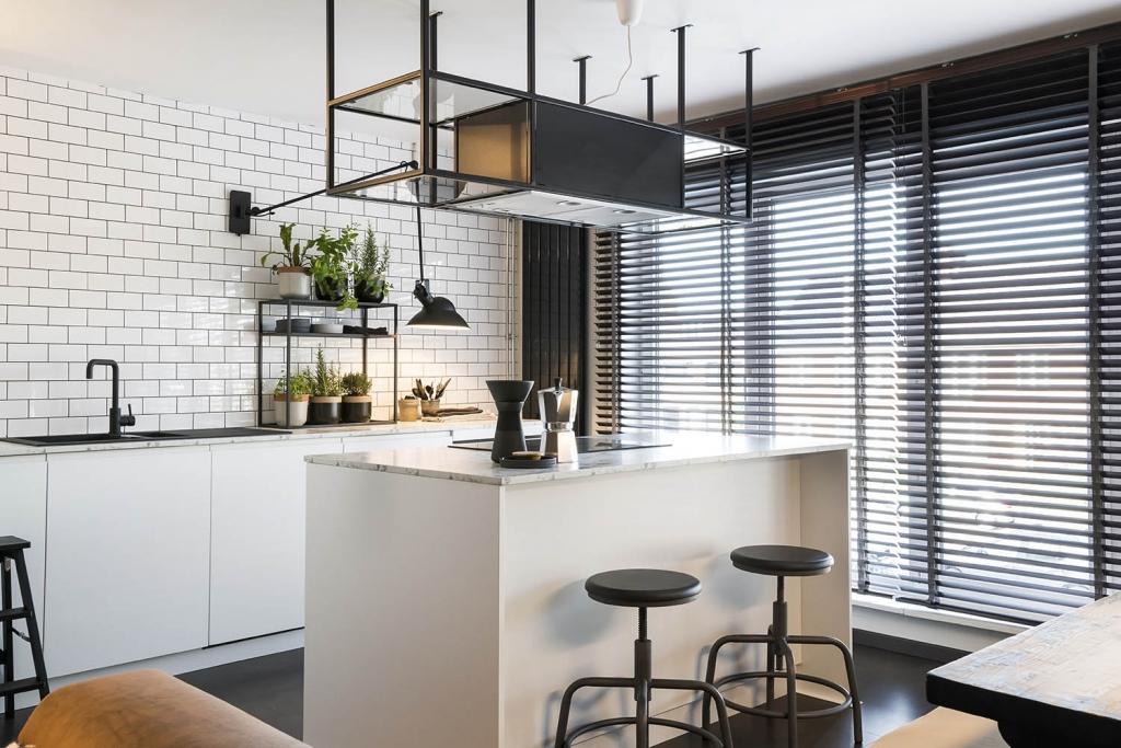 Cuisine et salle de bain : optez pour le store vénitien alu