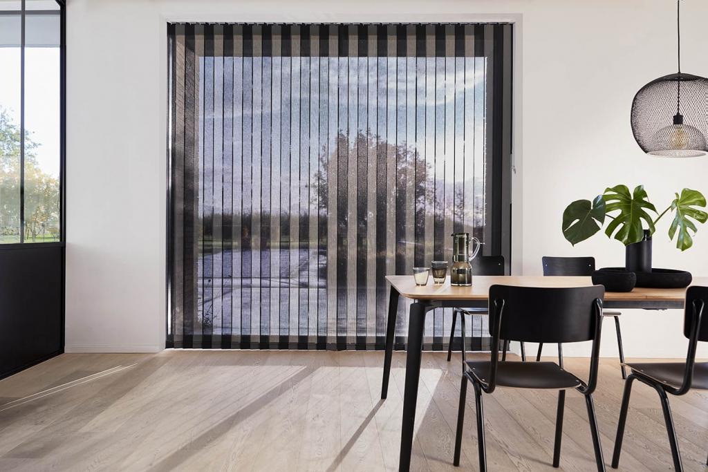 Een modern interieur dankzij onze verticale jaloezieën